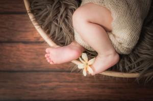 Baby Füßchen als Must Have beim Babyshooting